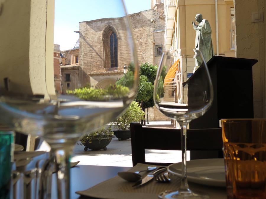 Bisbe se incluye en los 10 restaurantes para comer en el centro de Valencia la mejor cocina mediterránea