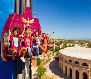 Desde Hello Valencia, os informamos de las atracciones más emocionantes de Terra Mítica, el parque temático y de atracciones de Benidorm.