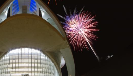 Celebra la Nit del Foc en el Palau de les Arts