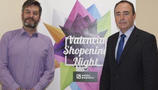El concejal Carlos Galiana  presenta la nueva edición de la Shopening Night