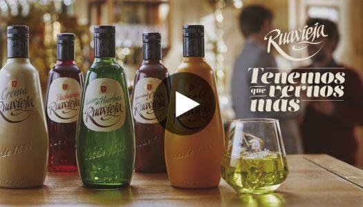 Los sabores de licores Ruavieja nos invitan a vernos más