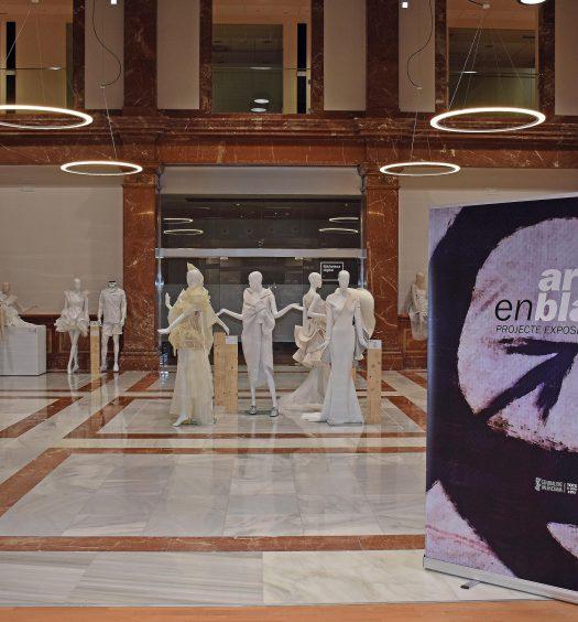 Exposicion ARTENBLANC El Menador-Castellon, foto: Jose Luis Abad