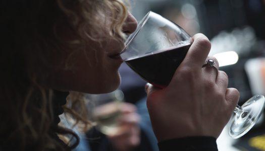 WINE WEEKEND en el Mercado de Tapineria: música, catas y propuestas gastronómicas