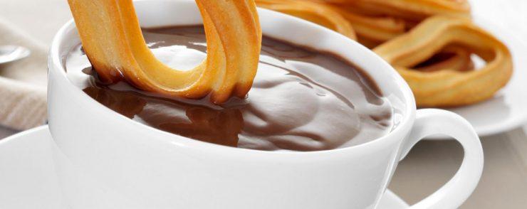 donde comer churros y buñuelos con chocolate en valencia
