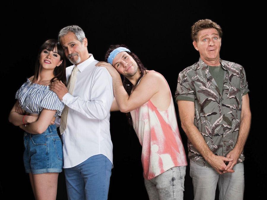 """Comedia """"AGUACATES"""" en el teatro flumen"""