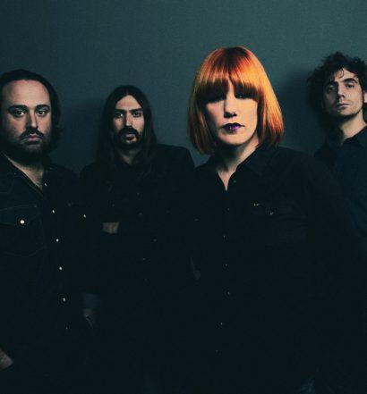 """Si eres fan de Aurora & the Betrayers, el 28 de abril podrás disfrutar de la presentación del tercer álbum """"Tune out the Noise"""""""