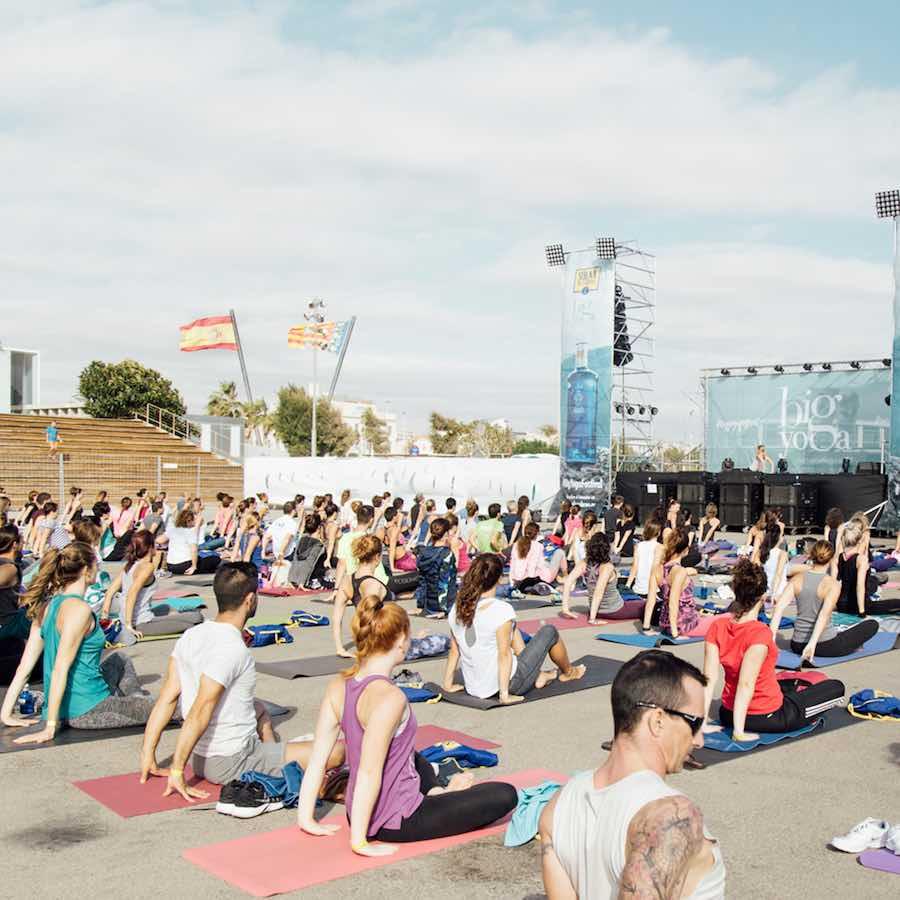 Valencia acoge la segunda edición del macro festival Big Yoga