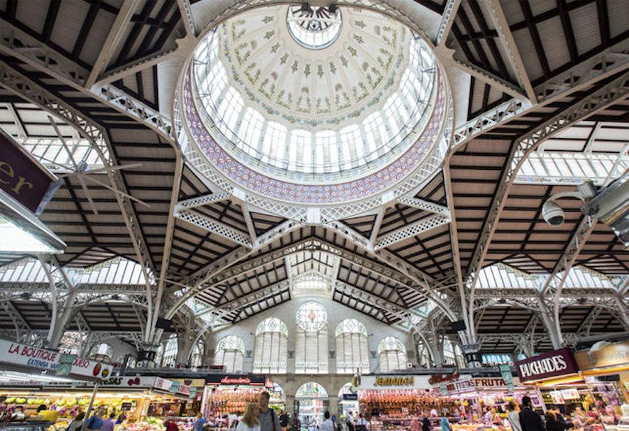 mercado central abierto por vacaciones