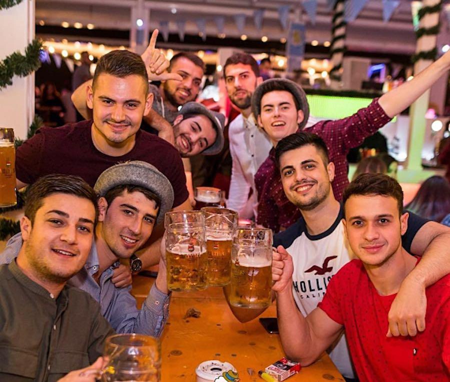 Amigos en Oktobeerfest