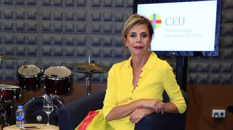 Entrevista con la diseñadora Ágatha Ruiz de la Prada