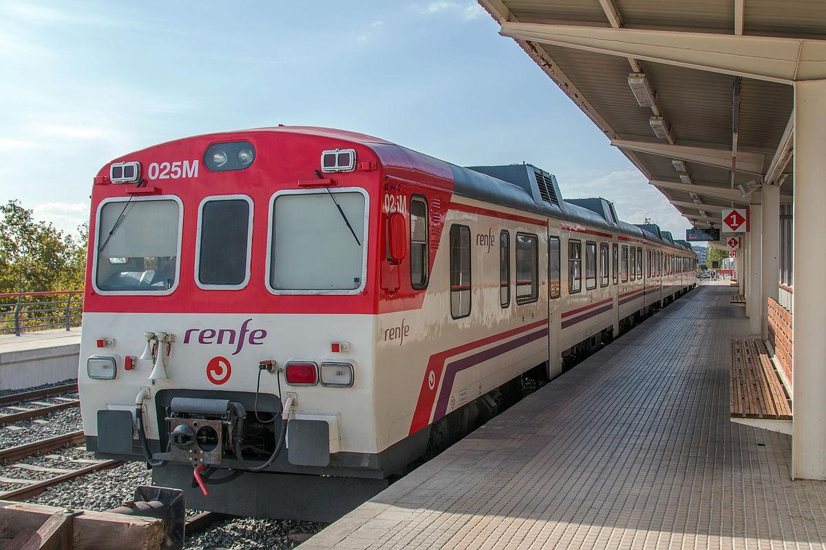 Renfe programa 40 trenes especiales de Cercanías para asistir a las Mascletaes