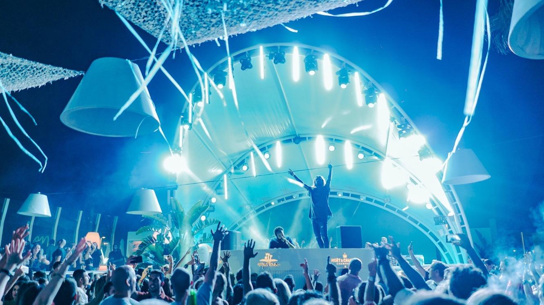 Este sábado disfruta los mejores dj's españoles en Spanish Revolution de Marina Beach Club