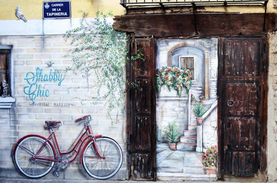 Paseo entre los graffitis del Carmen, para pasar una mañana ideal por Valencia