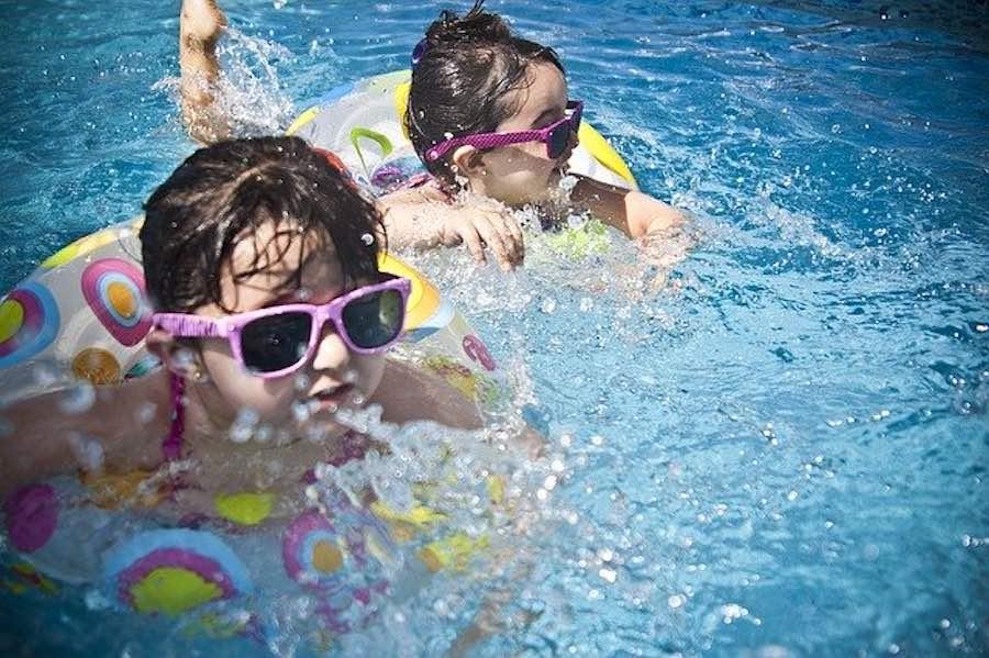 conjuntivitis piscinas niños
